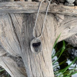 Jewelry - Resin necklace / silver chain necklace